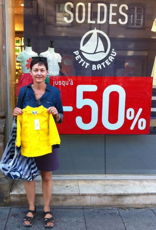 The big event in Strasbourg, the capital of Europe, was the 50 percent off sale at Petit Bateau. The soon-to-arrive Nicole/Braden child will be accoutered a francaise.